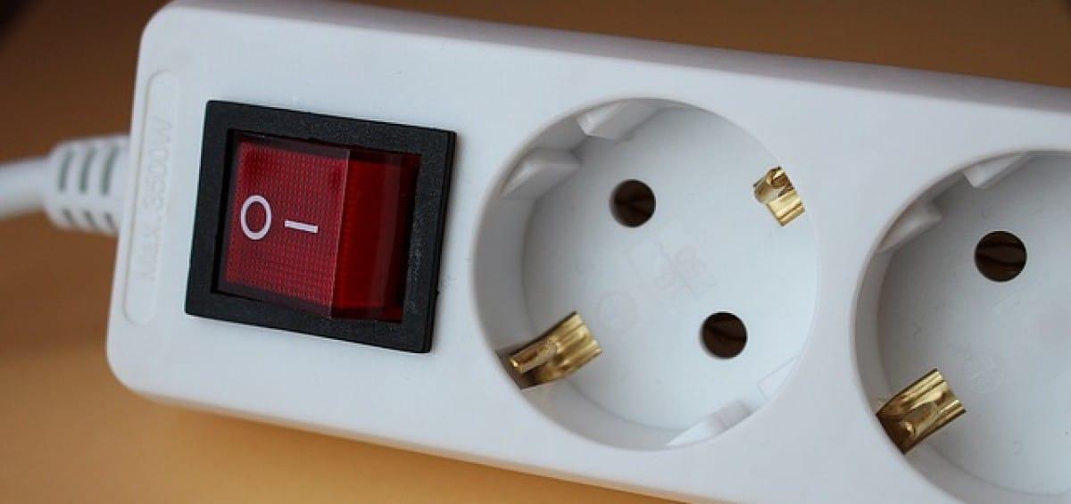 stopcontact elektricien almere